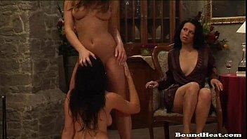 Slave erotica Sensual and erotic lesbian slave life