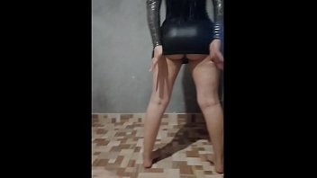 Young Latina with a big ass seduces me until I give her my cock in her ass