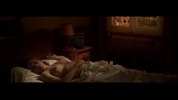 Julies nudes Julie depardieu les temoins 2007