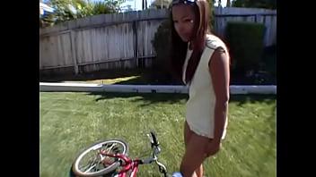 Ebony teen persuaded to be naughty - Ayacum.com Image