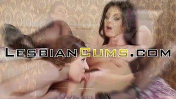 Lesbiancums.com ⇨ solo lesbian tight seduction