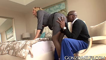 Big breasted MILF invites a stallion for interracial plowing pornhub video