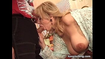 Slutty blonde MILF gets hairy pussy Thumb