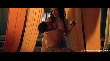 Lucy lawless sexy Lucy lawless jaime murray in spartacus gods the arena 2011