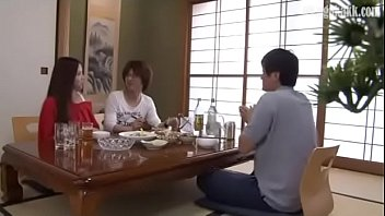 red women cheating infront of her husband [Yube8] thumbnail