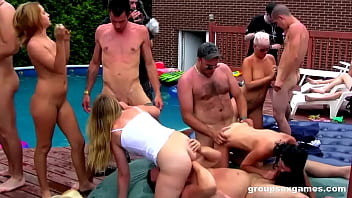 Squirting Summer Madness