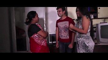 Mallu Bhabhi Sex With Photographer New HD Sex Video bdmusicz.com video