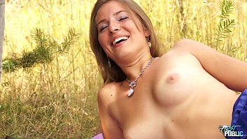 Amateur photographer subscription Fake photographer use innocent model and fuck her public when shooting her