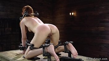 Locked redhead slave in device bondage