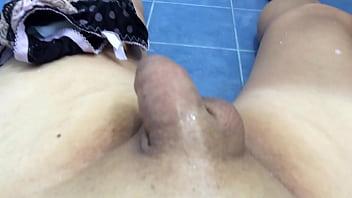 Self adhesive breast liners - Breast liner mast toilet