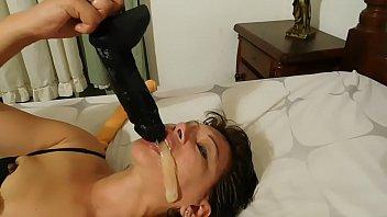 Hardcord bbw videos Mama se ahoga con poronga negra ,y se vomita encima con perla lopez.mov