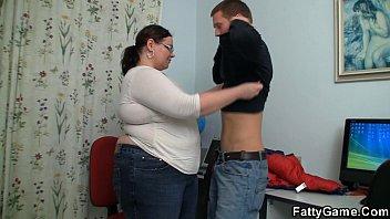 Chubby game - Big belly teacher fucks stud