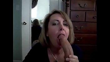 Rica mamada de mujer madura