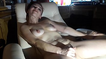 Phat wet white pussy White girl with phat pussy
