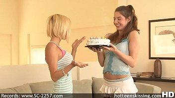 Teen couples quiz Morgan layne lesbian