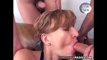 Image: German Mature Eats Cum Before Anal