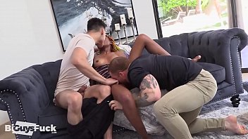 Andre Willis And Dustin Hazel Break Destiny Mira In With Her First Ever Bi Threesome!