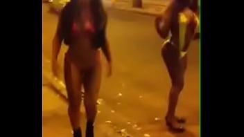 Carla Brasil e Bruna Dimmy na Augusto Severo