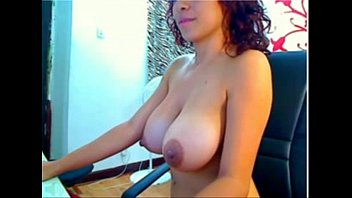 Big tits latina spraying milk