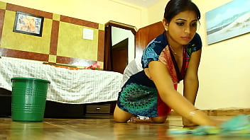 Xxx clips moscow seduce son Indian maid seduced softcore