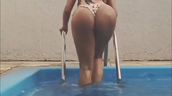 Female Fitness Model claudia Alende - Hot Miss Bumbum 2016 Brazilian Model