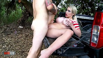 Part 2 : Pornstar Chessie Kay wanted to do exhibitionism