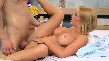Busty Sex Detective Krissy Lynn gets her Curvy Ass Stuffed at the Hospital's Thumb