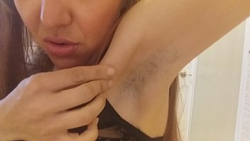 Guys shaved armpits - Redhead but black hairs