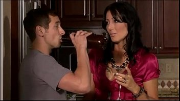 Mike s Mom by worldwideporn thumbnail