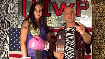 KING of INTERGENDER SPORTS ! 6ft Amazon Dianna vs Man in MMA Match UIWP ENTERTAINMENT