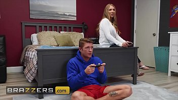 Sexy MILF (Jeanie Marie Sullivan) plays with her stepsons hard cock - Brazzers thumbnail