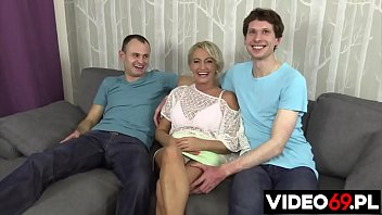 Polish porn - Busty mom fucked on the couch