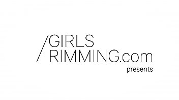 Girls Rimming - Switch Me On