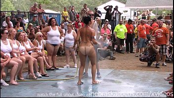 Suntanning nude - Amateur nude contest at this years nudes a poppin festival in indiana