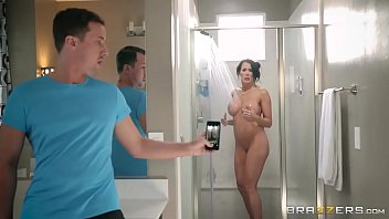 Brazzers - Step son catches (Reagan Foxx) in the shower porn thumbnail