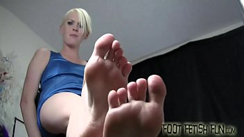 Porn women foot worship Get ready for a face full of womens feet