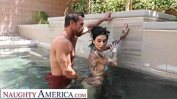 Naughty America - Kassandra Kelly (Joanna Angel)  fucks trainer when hubby ignores her