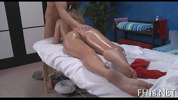 Massage sex tubes 5分钟
