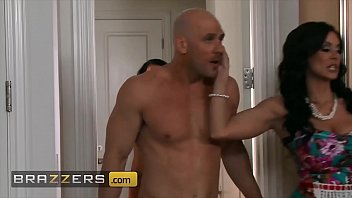 Competitive Threesome With (Johnny Sins, Kendra Lust, Peta Jensen) Desperate To Out-Fuck The Other - Brazzers
