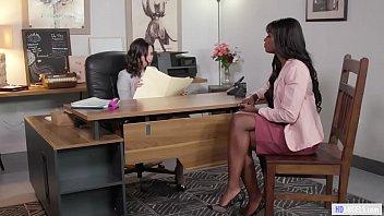 Lesbian d s stories - Black babe really wants the job - ana foxxx, casey calvert