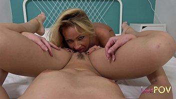 Mature Nia Black scissors petite Sybil A. ending in a double orgasm