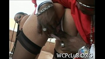 Gorgeous sweetheart gets nailed