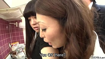 Risky JAV covert sex with mother in law in kitchen Subtitled thumbnail