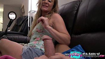 Tucker Stevens Loves Younger Guys Long Cock porno izle