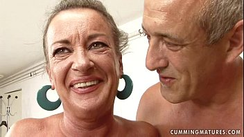 Women using huge dildo machine sex Granny slut squirts