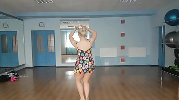Kizomba estilo lady - bellydancer DIVA DARINA