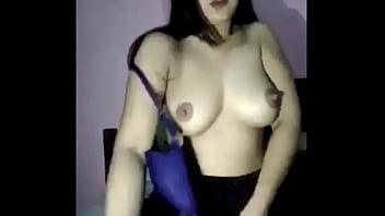 Abg lagi Pamer Toket gede - Bokep Indonesia Image