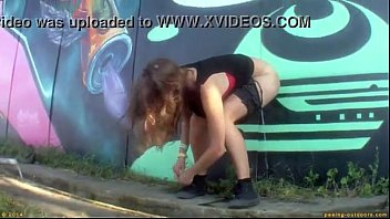 Hot Girl pees in public at Festival