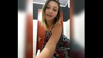 xvideos.com d929d35d2f8e391a9a938879d826e62b