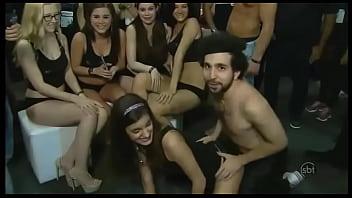 Murilo Couto na Feira Erótica (online-video-cutter.com)